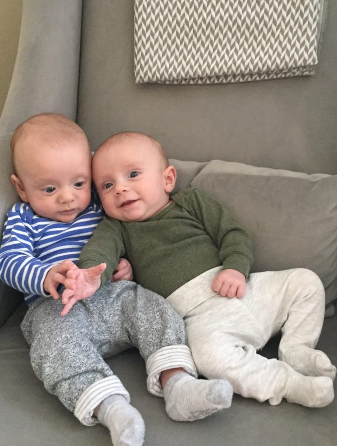 life with twins – 4 months in